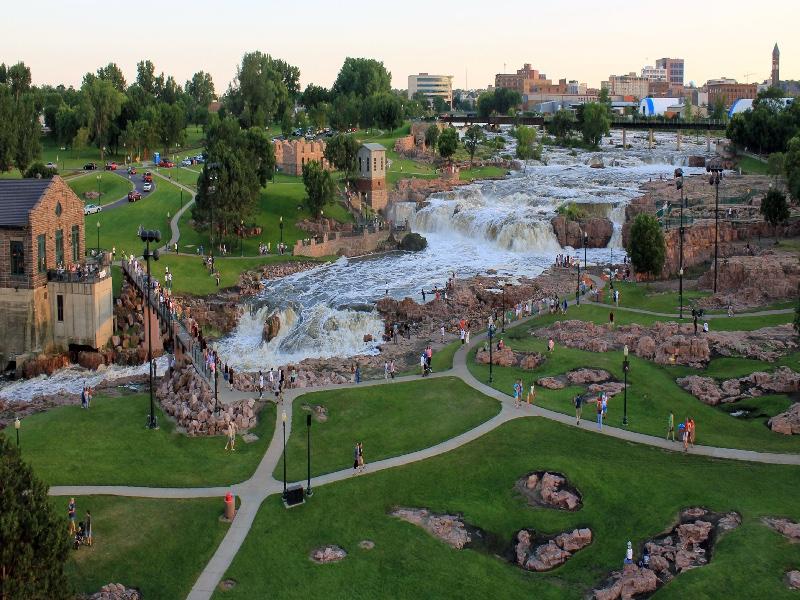 FAlls Park Panorama 1